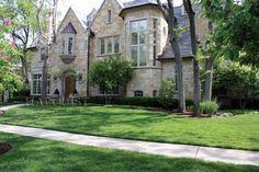 Mayfair Natural Stone Veneer, Natural Stones, Outdoor Stone, Mansions, House Styles, Nature, Home Decor, Natural Stone Cladding, Naturaleza