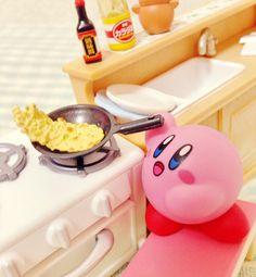 小腹が空いたのでチャーハンを作るカービィちゃん