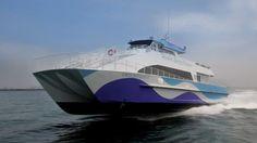 Google agora tem um 'barco fretado' para levar funcionários até o trabalho http://www.bluebus.com.br/google-agora-tem-um-barco-fretado-para-levar-seus-funcionarios-ate-o-trabalho/