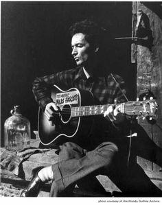 Woody Guthrie (musician, social activist)