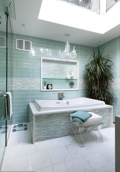 Bathtub Tip: How to Surround Your Tub with More Relaxing Space