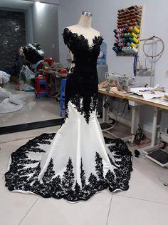 Black Wedding Gowns, Country Wedding Dresses, Wedding Dresses Plus Size, Princess Wedding Dresses, White Wedding Dresses, Boho Wedding, Red Wedding, Mermaid Wedding, Gothic Wedding Ideas