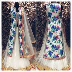 #florallehenga #fashionstyle #fashiongram #fashionista #fashionlover #fashiondesign #bride #indianwedding #indianbride #punjabi #indian #ootd #ootn