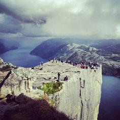 Norwegia to piękny kraj! Polecamy! info@remplustravel.pl