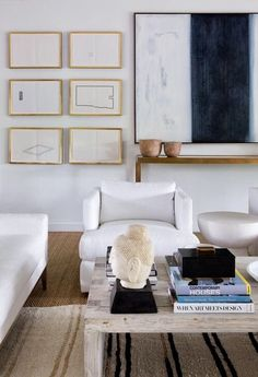 Ten neutral living spaces show how beautiful layers of texture in black, crisp white, and natural textiles and woods can be. Ten neutral living spaces show how beautiful layers of texture in black, crisp white, and natural textiles and woods can be. Living Room Remodel, My Living Room, Living Room Interior, Home And Living, Living Room Decor, Living Spaces, Modern Living, Decoration Design, Deco Design
