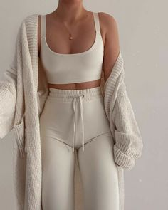 Fashion Outfits And Trend Looks For Street Style Inspiration – Holidays Cute Comfy Outfits, Lazy Outfits, Mode Outfits, Everyday Outfits, Trendy Outfits, Summer Outfits, Comfy Clothes, Curvy Outfits, Simple Outfits