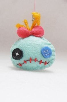2 Cute felt Scrump keychain or brooch from lilo por fancymonster