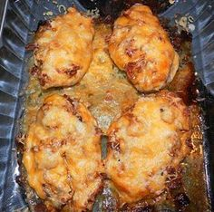 <p>INGREDIENTS: 4 boneless skinless chicken breasts, pounded to 1/2 inch thickness Lawry's Seasoning Salt 6 bacon slices 1/4 cup regular mustard 1/3 cup honey 2 Tbsp. Mayonnaise 2 teaspoons dried onion flakes 1 cup sliced fresh mushroom (I omitted because my family does not like mushrooms) 2 cup shredded Colby/Jack …</p>