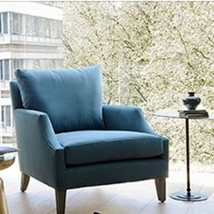 With Wimbledon to watch next week on TV it's a good thing we now offer one of my favourite armchairs from our new online venture @th2_studio . Dan's comfy chair available in lots of gorgeous fabrics too #stylish #comfortable #designonline #wimbledon  #interiors #interiordesign