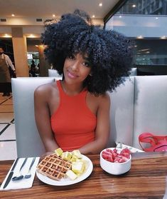 Eseewigs short wigs for black women Short Afro Kinky Curly 260 High Density 100 Brazilian Human Hair 14 inch None Lace Wig with bangs Natural Hair Journey, Natural Hair Care, Natural Hair Styles, Natural Hair Bangs, Thick Hair, Curly Hair Styles, Kinky Curly Hair, Curly Ponytail, Wavy Hair
