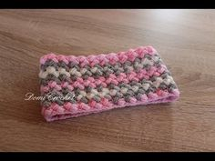 DomiCrochet - YouTube Crochet Scarves, Beanie, Youtube, Hats, Cowls, Blog, Gloves, Fashion, Projects To Try