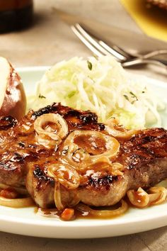 Was passt besser in die Grillsaison als Schweinesteaks mit Biermarinade? #bier #marinade #schweinesteak