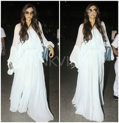 Airport Diaries: Sonam Kapoor is back in the city after attending a family wedding in Dubai! @pinkvilla 😍 . . #pinkvilla #sonamakapoor #actress #hot #sexy #cute #airportdiaries #pretty #stunning #gorgeous #glam #style #fashion #stylish #bollywoodfashion #sweet #beautiful #bollywoodactress #star #instalike #instacomment #instashare #instapic #instaphoto #instagood #instadaily #instamoment
