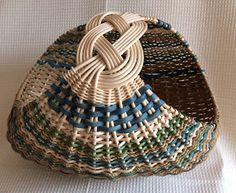 Baskets and more......: Josephine Knot