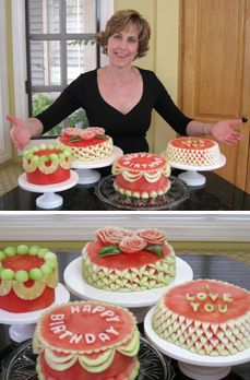 Watermelon cakes.  And they look so pretty! WOW! (honeydew balls and pineapple swag) ;D