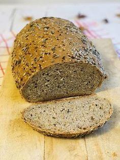Pâine integrală cu semințe, rețetă simplă și rapidă – Chef Nicolaie Tomescu Pastry And Bakery, Banana Bread, Brunch, Food And Drink, Vegan, Health, Desserts, Barley Recipes, Breads