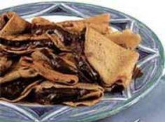 Receita de Crepe de Chocolate e Menta - crepes. Reserve. Recheio: Coloque o chocolate em um refratário e derreta-o em banho-maria. Não deixe a água do banho-maria ferver....