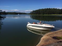 AMT 230 DC Day Cruiser in the Finnish archipelago