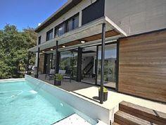 Villa meublée moderne et luxueux avec piscine privée et vue imprenable Location de vacances à partir de Vallgorguina @homeaway! #vacation #rental #travel #homeaway