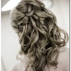 this would be perfect for my graduation hairstyle!!! Love!!!!! <3
