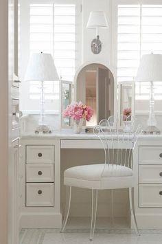 Modern Dresser Design Ideas For Makeup Room To Copy Today Built In Dressing Table, Dressing Table Vanity, Dressing Area, Dressing Tables, Dressing Rooms, Closet Bedroom, Bedroom Decor, Closet Mirror, Vanity Room