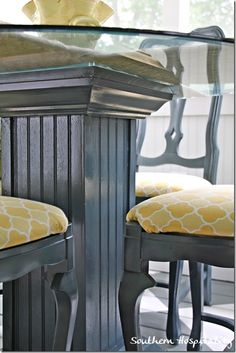 Rhoda spray painted her porch chairs and table in Valspar Colbalt Cannon (gloss).  Loving this color and what a great transformation!