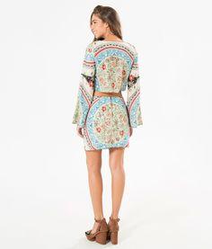 http://www.farmrio.com.br/br/produto/vestido-vazado-lenco-imperial/_/A-242981_4078.ptbr.farmrio