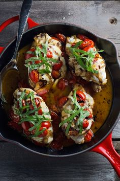Baked Caprese Chicken with  balsamic reduction | Littlespicejar.com