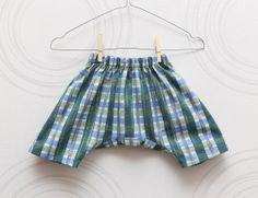 Unisex toddler harem shorts Thin linen greenblue by ZanziBach, €18.00