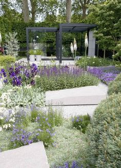 Garden inspiration from Ulf Nordfjell. Ulf was awarded best-in-show at the Chelsea Flower Show 2009.