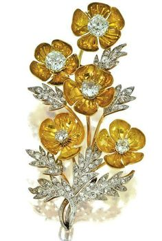 Oh Cartier. CARTIER, CIRCA 1900 AND A DIAMOND BROOCH A brooch designed as a floral spray, the leaves set with circular- and rose-cut diamonds, to the yellow gold petals set at the centre with cushion-shaped stones, French assay marks. Cartier Jewelry, Jewelry Art, Antique Jewelry, Vintage Jewelry, Fine Jewelry, Jewelry Design, Gold Jewelry, Cartier Gold, Zipper Jewelry