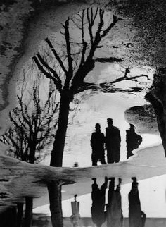 Reflection in Puddle, 1940.  Photo by Heinz Hajek-Halke