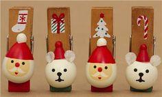 Decole Christmas card holder clip set