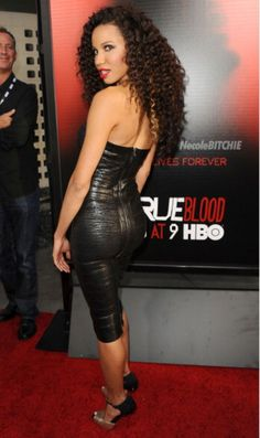 Jurnee Smollet Bell True Blood Red Carpet 4 | ... pics and video of Jurnee and her hubby Josiah on the red carpet below