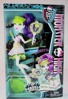 Monster High Exclusive Spectra Vondergeist Ghoul Sports Doll! New in Box!! BJR13 #Mattel #DollswithClothingAccessories