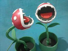 A planta mais temida do Super Mario perfeita para decorar sua festa de aniversário e surpreender seus convidados. Com cabo flexível para você moldar de sua preferencia. ========= IMPORTANTE ========= Nossas peças são todas feitas por encomenda, desta forma, não temos produtos a pronta entrega...
