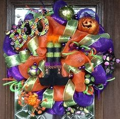 Deco Mesh WITCH'S BOOTS HALLOWEEN Wreath by decoglitz on Etsy