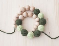 Nursing necklace / Teething necklace - Mint green, Forest green