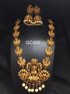 GC One Gram Gold Jewellery. Gold Temple Jewellery, Real Gold Jewelry, Gold Jewelry Simple, Gold Jewellery Design, Jewellery Rings, Indian Jewelry, Coral Jewelry, Handmade Jewellery, Earrings Handmade