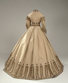 Hester's Needle: 1865 Dress Competition
