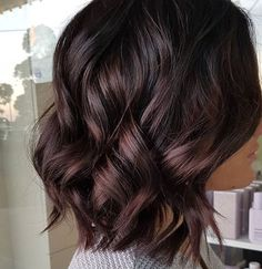 dark roots with lighter/reddish highlights - All For Hair Color Balayage Hair Color And Cut, Brown Hair Colors, Hair Colour, Ombre Hair Long Bob, Brunette Hair, Long Brunette, Brunette Color, Great Hair, Fall Hair