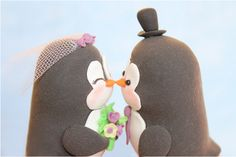 Penguins cake toppers - ahhhhhhh, where were these when I got married?!?!?!