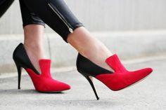 Fun shoe!! Half Dorothy...half Cruella de Vil.