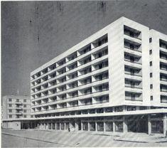 Σε ποια περιοχή της Αθήνας η μπουγάδα γινόταν υπαίθρια και η αποχέτευση ήταν ένα αυλάκι που περνούσε έξω από τα σπίτια; Ο αγώνας των προσφύγων να κρατήσουν όρθια την παραγκούπολη που κατέρρεε σε κάθε νεροποντή - ΜΗΧΑΝΗ ΤΟΥ ΧΡΟΝΟΥ Athens, Skyscraper, Multi Story Building, Modernism, Skyscrapers, Modern Architecture, Athens Greece, Contemporary Architecture