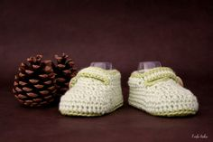 Bamboo and wool baby booties newborn baby booties door larbotriki