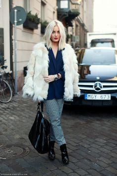 bleached blonde Longbob... i LOVE
