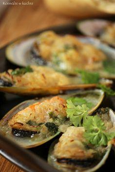 sea food in white wine.