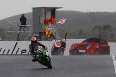 Rea wins flag-to-flag opening race at Portimao - http://superbike-news.co.uk/wordpress/Motorcycle-News/rea-wins-flag-to-flag-opening-race-at-portimao/