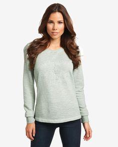 Sweatshirt    Modisches Sweatshirt, das durch die Stückfärbung (Garment Dyed) einen angesagten Vintage-Charakter erhält. Das in lockerer Passform geschnittene Oberteil verfügt auf der Front über eine Logo-Stickerei. Rippenbündchen an den Armabschlüssen machen den lässigen Look perfekt. Aus 100% Baumwolle....