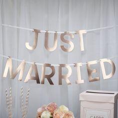 Girlanda z napisem Neviti Geo Blush Just Married